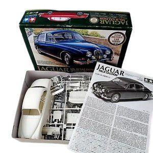 Tamiya 1/24 Kit Jaguar Mk Saloon Model Kit